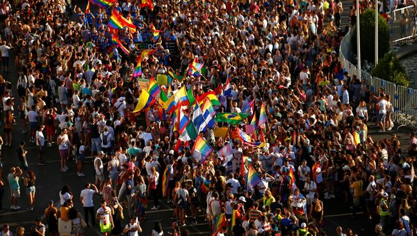 La celebración de la semana del Orgullo LGTB en Madrid - Sputnik Mundo