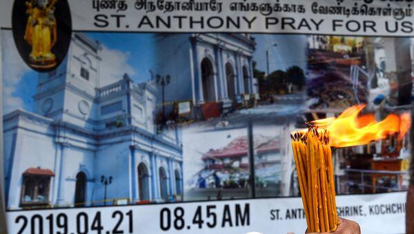Homenaje a las víctimas de los atentados en Sri Lanka - Sputnik Mundo