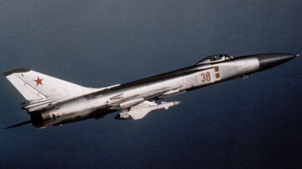 Caza soviético Sukhoi Su-15 - Sputnik Mundo