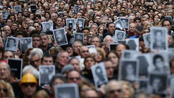 Homenaje por el atentado a la AMIA en Buenos Aires, el 18 de julio de 2019 - Sputnik Mundo