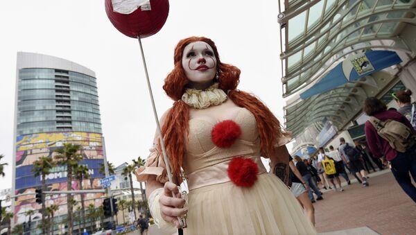 Desde la Princesa Pennywise hasta Snoopy: el festival Comic-Con, en imágenes  - Sputnik Mundo