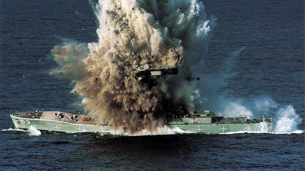El buque militar Torrens destruido por un torpedo Mark 48 - Sputnik Mundo