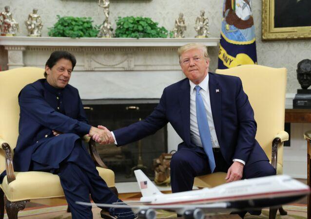 El primer ministro de Pakistán, Imran Khan, y el presidente de EEUU, Donald Trump