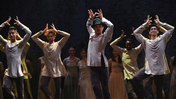 El ballet 'Giselle' por Akram Khan - Sputnik Mundo