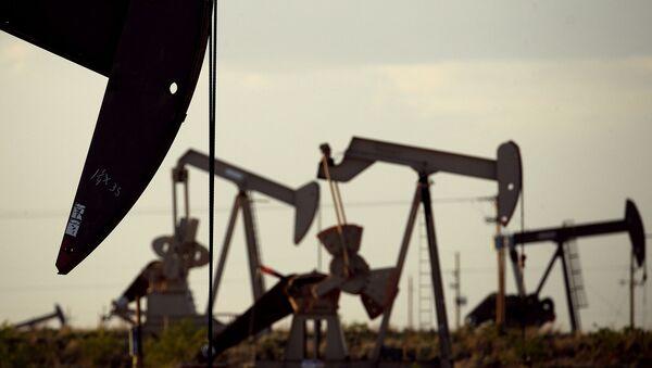 Las instalaciones petroleras en la Cuenca Permian  - Sputnik Mundo