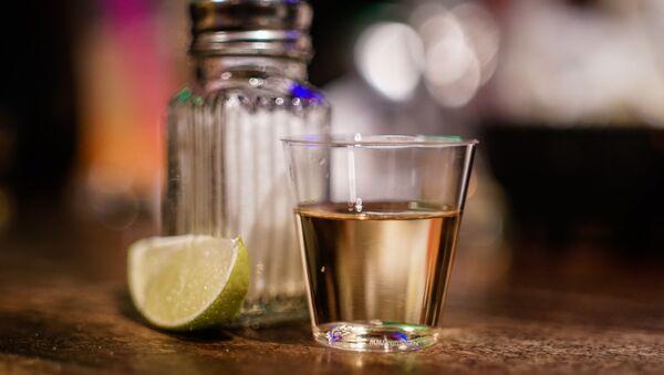 Tequila y sal - Sputnik Mundo