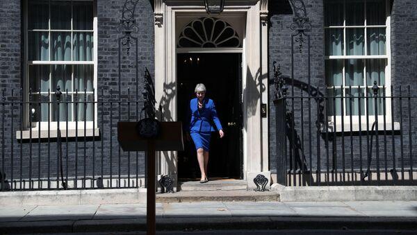 Theresa May, ex primera ministra del Reino Unido - Sputnik Mundo
