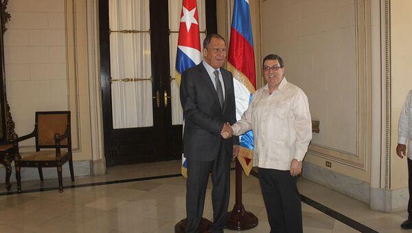 El canciller ruso, Serguéi Lavrov, y su par cubano Bruno Rodríguez - Sputnik Mundo