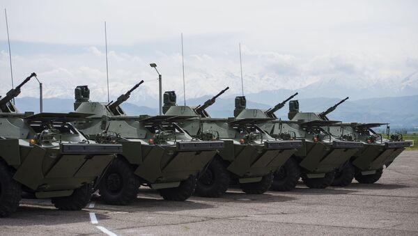 Vehículos blindados rusos BRDM-2 - Sputnik Mundo