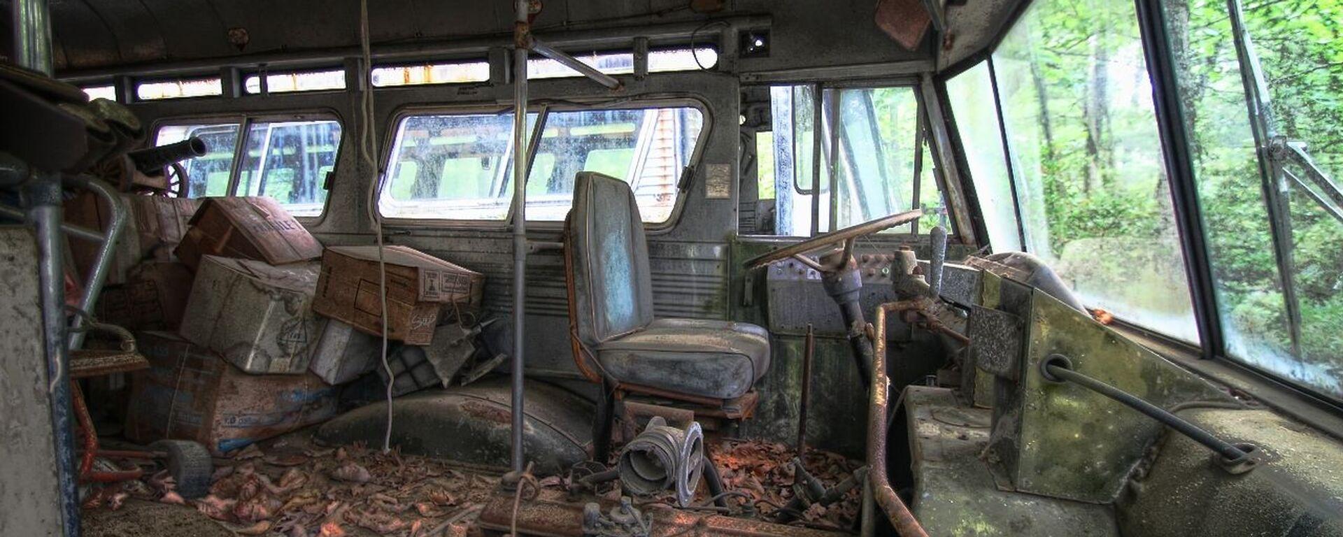 Un autobús abandonado, imagen referencial - Sputnik Mundo, 1920, 29.05.2021