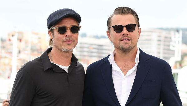 Los actores de Hollywood Leonardo DiCaprio y Brad Pitt - Sputnik Mundo