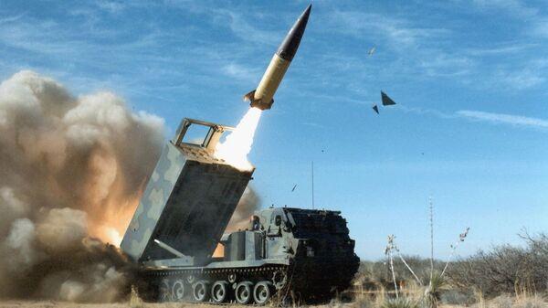 Sistema de misiles tácticos Atacms de EEUU - Sputnik Mundo