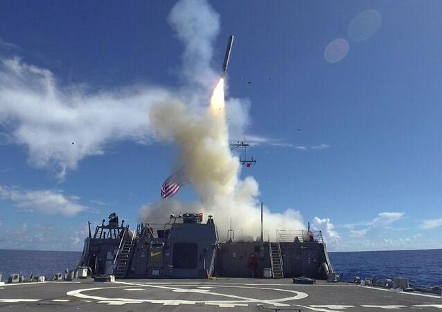 Lanzamiento de un misil estadounidense (imagen referencial)