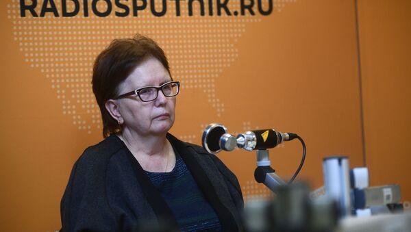 Vera Nikoláevna Sténina, madre del reportero gráfico ruso Andréi Stenin asesinado en Ucrania - Sputnik Mundo
