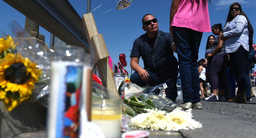 Homenaje a las víctimas del tiroteo en El Paso