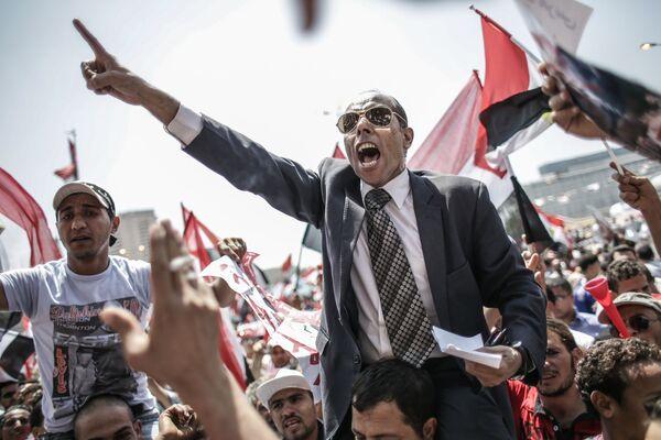 Противники президента Моххамеда Мурси на площади Тахрир в Каире, Египет - Sputnik Mundo