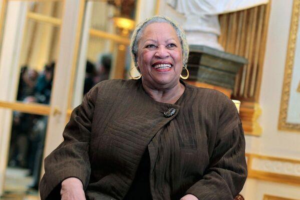 Toni Morrison, escritora estadounidense - Sputnik Mundo