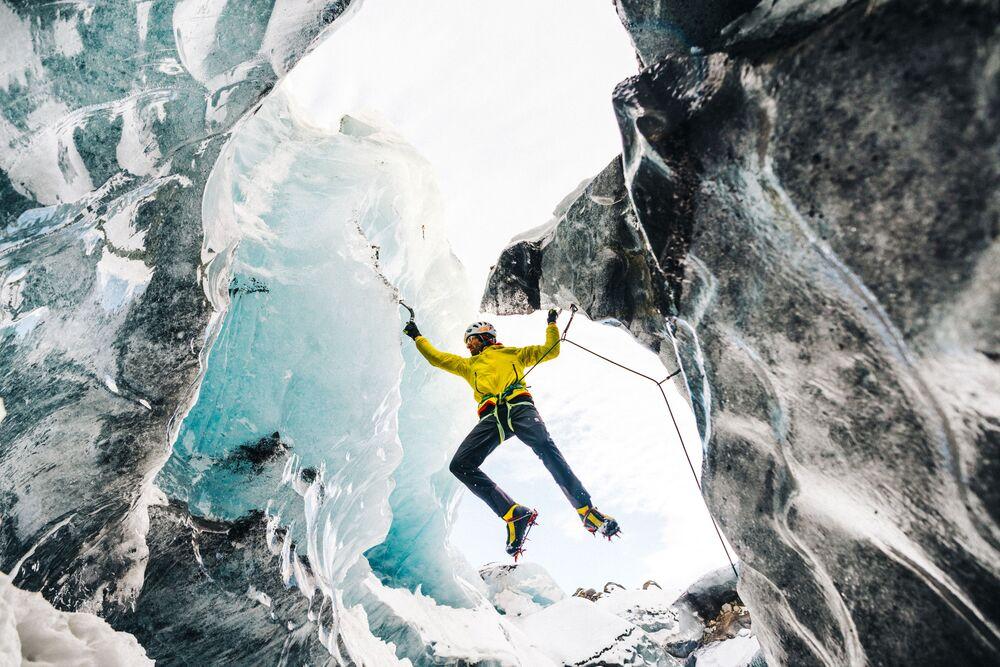 Quince escalofriantes fotos de escalada a las cimas más altas del planeta