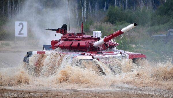 Biatlón de tanques en los Juegos Militares Internacionales Army 2019 - Sputnik Mundo