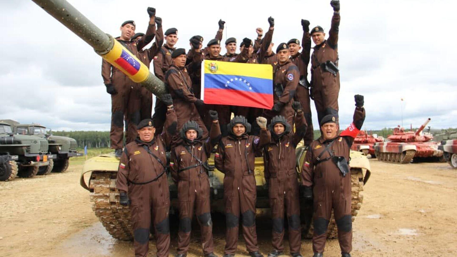 Delegación venezolana participa en el biatlón de tanques en los Juegos Militares Internacionales Army 2019  - Sputnik Mundo, 1920, 24.06.2021