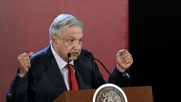 El presidente mexicano Andrés Manuel López Obrador - Sputnik Mundo
