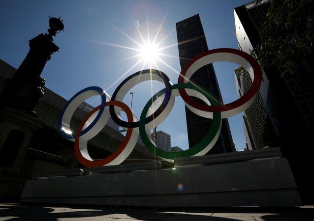 La emblema de los Juegos Olímpicos en Japón