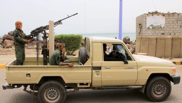 Enfrentamientos en la ciudad yemení de Adén - Sputnik Mundo