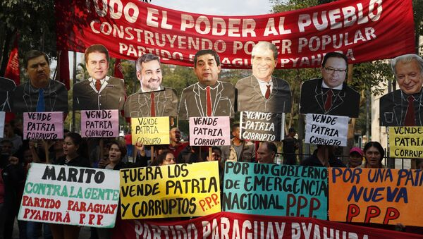 Manifestantes en Paraguay - Sputnik Mundo