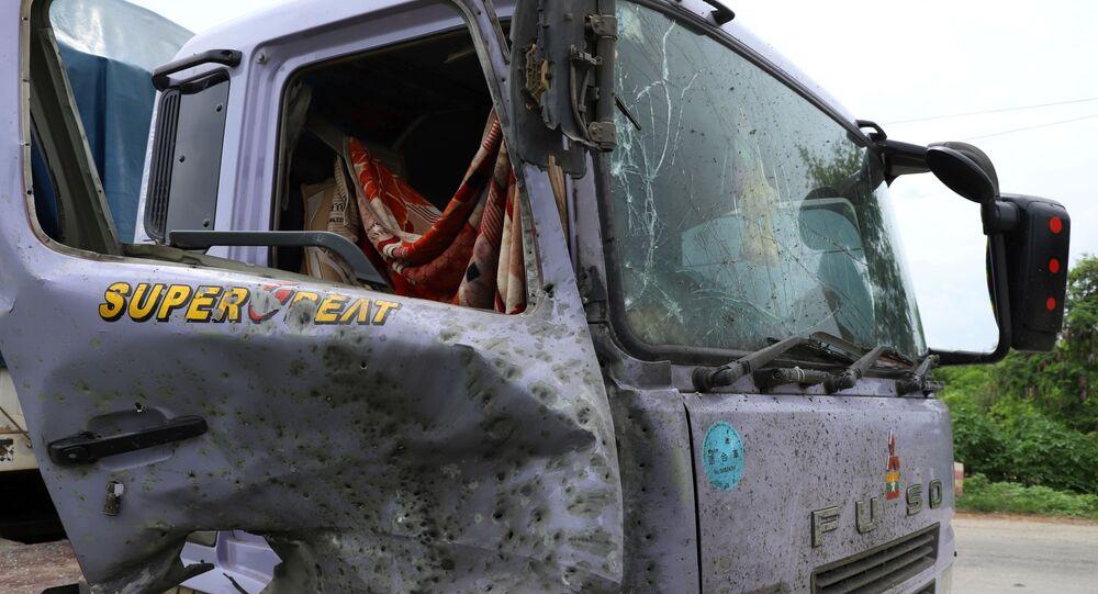 Un camión atacado por los separatistas en Birmania