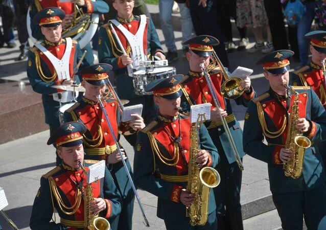 La Banda Militar Ejemplar de la Guardia de Honor de Rusia (archivo)