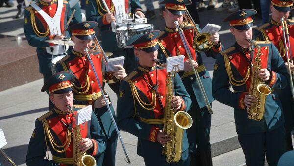 La Banda Militar Ejemplar de la Guardia de Honor de Rusia - Sputnik Mundo