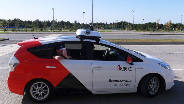 Taxi no tripulado en Innopolis (Archivo) - Sputnik Mundo