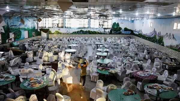 Un salón de bodas en Kabul tras explosión suicida - Sputnik Mundo