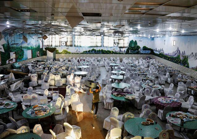 Un salón de bodas en Kabul tras explosión suicida