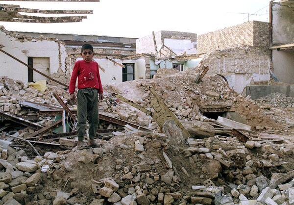 El conflicto entre Irán e Irak: la agonía de la Guerra Fría  - Sputnik Mundo