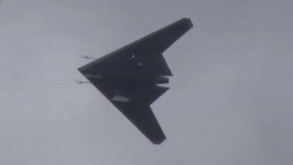 El dron de ataque ruso S-70 Ojotnik - Sputnik Mundo