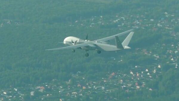 El dron ruso Altius-U alza el vuelo por primera vez - Sputnik Mundo