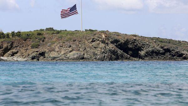 La famosa Isla de las Orgías, propiedad del pedófilo Jeffrey Epstein - Sputnik Mundo