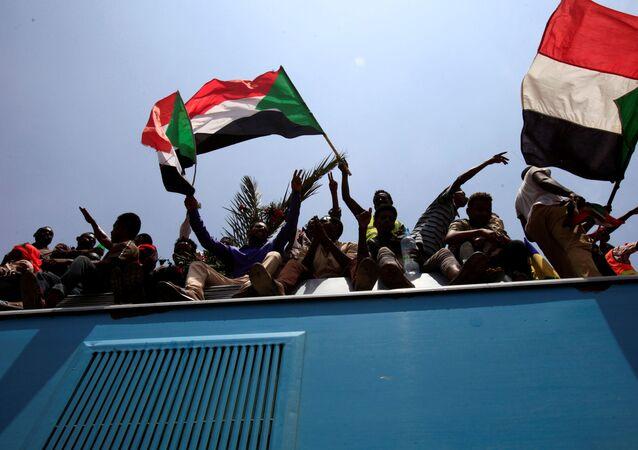 Banderas de Sudán