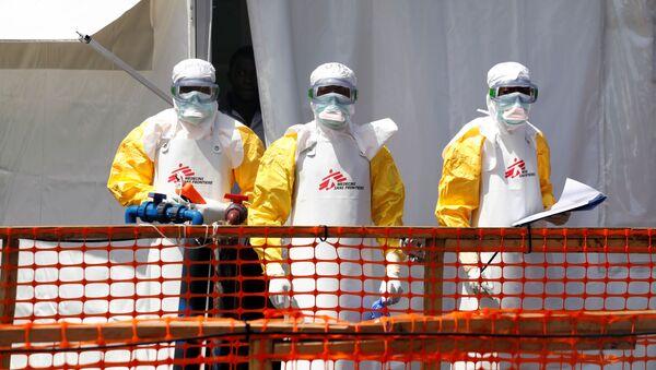 Especialistas luchan contra el ébola en África - Sputnik Mundo