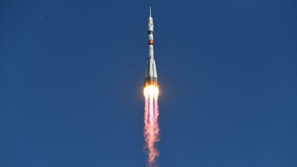Soyuz MS-14 con Fedor a bordo - Sputnik Mundo