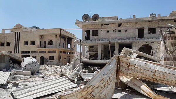 Desolación total: lo que queda de una ciudad siria tras la retirada de los terroristas - Sputnik Mundo