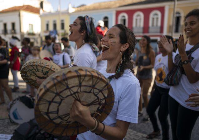 Protestas contra la política de Brasil respecto a los incendios forestales