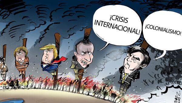 Mientras la Amazonía se quema, Bolsonaro se queja - Sputnik Mundo