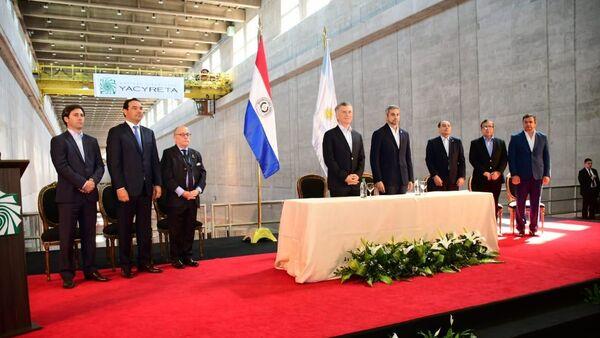 El presidente de Argentina, Mauricio Macri, y el presidente de Paraguay, Mario Abdo Benítez - Sputnik Mundo
