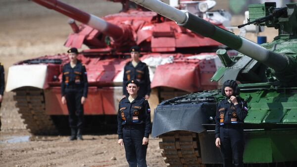 Mujeres tanquistas participantes en los Juegos Militares 2019 - Sputnik Mundo