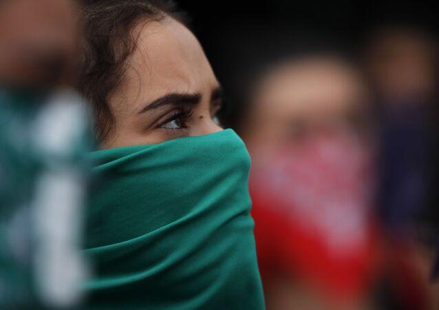 Participante de la marcha feminista en Ciudad de México