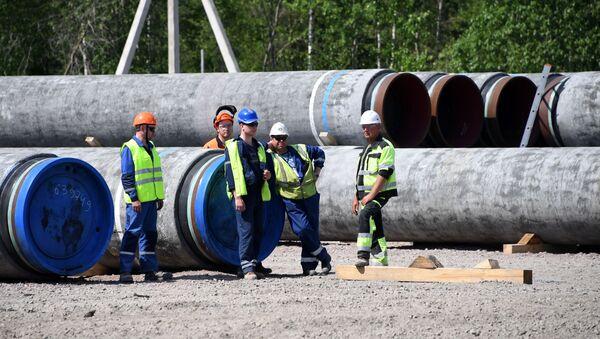 Los trabajodes durante la construcción del Nord Stream 2 - Sputnik Mundo