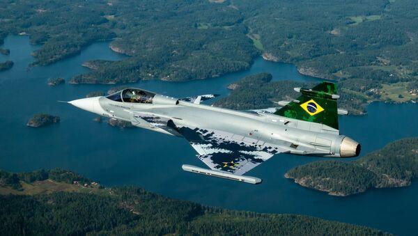 Caza Gripen A de la Fuerza Aérea de Brasil - Sputnik Mundo