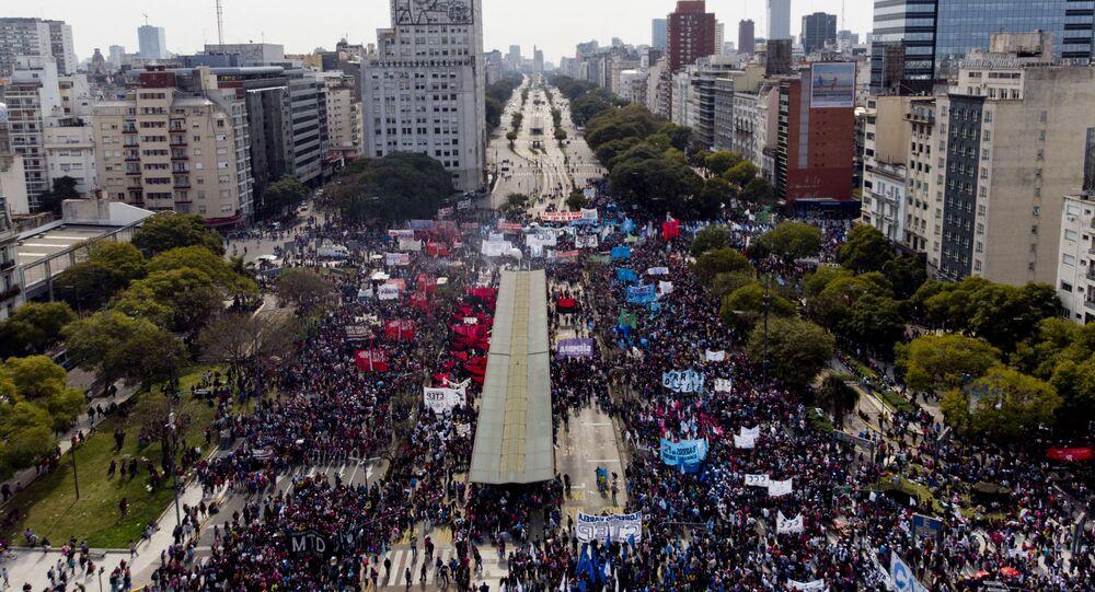 Protesta contra Gobierno argentino en Buenos Aires